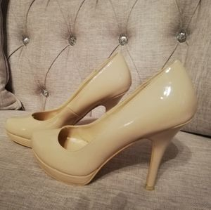 Size 8 Nude Call it Spring heels